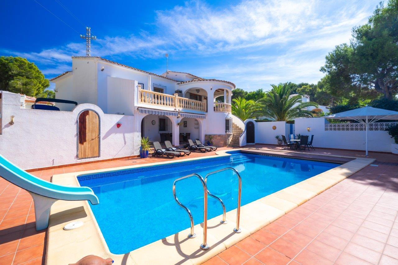 villa en moraira · cap-blanc 560000€